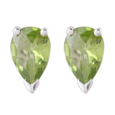 Peridot stud earrings, 'Verdant Gleam' - Faceted Peridot Stud Earrings Crafted in India