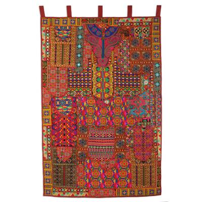 Recycled cotton blend patchwork wall hanging, 'Rajasthan Dazzle' - Floral Recycled Cotton Blend Wall Hanging from India