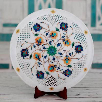 Marble inlay decorative plate, 'Natural Harmony' - Jali Pattern Floral Marble Inlay Decorative Plate from India