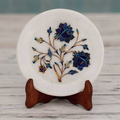Marble inlay decorative plate, 'Blue Daisies' - Daisy Motif Marble Inlay Decorative Plate from India