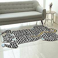Wool area rug, 'Royal Tiger in Antique White' (4x6) - Chain-Stitched Wool Tiger Rug in Antique White (4x6)