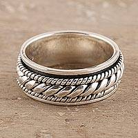 Sterling silver spinner ring, 'Shiny Rope' - Rope Pattern Sterling Silver Spinner Ring from India