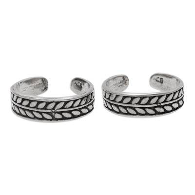Patterned Sterling Silver Toe Rings from India (Pair)