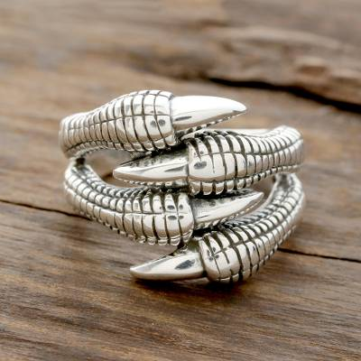Sterling silver band ring, 'Dragon's Claws' - Sterling Silver Dragon Claw Band Ring from India