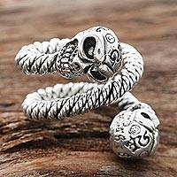 Men's sterling silver wrap ring, 'Snaking Skulls' - Men's Sterling Silver Skull Wrap Ring from India