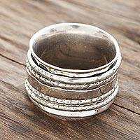 Sterling silver spinner ring, 'Rotating Style' - Patterned Sterling Silver Spinner Ring from India