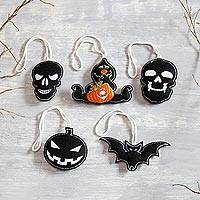 Wool felt ornaments, 'Dark Halloween' (set of 5) - Black Wool Felt Halloween Ornaments from India (Set of 5)