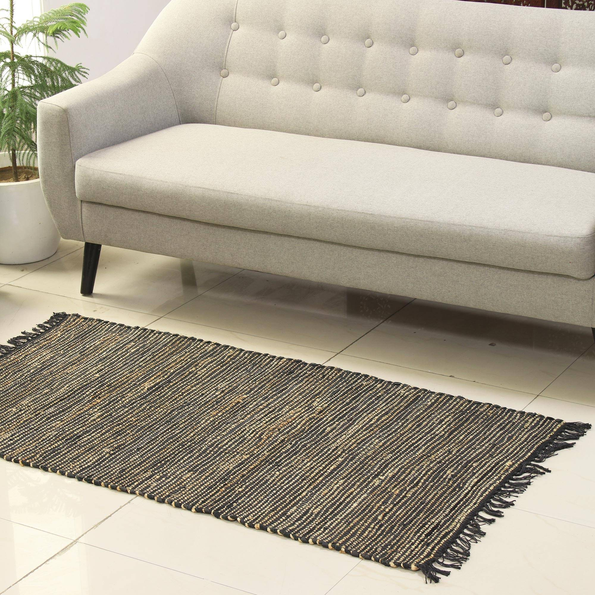 Onyx And Beige Jute And Leather Area Rug From India 2 5x5 Onyx Charm