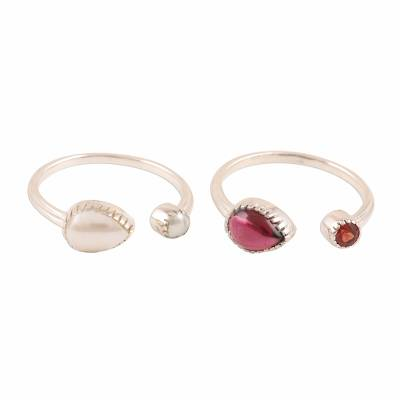 Garnet and cultured pearl wrap rings, 'Stylish Flavor' (pair) - Garnet and Cultured Pearl Wrap Rings from India (Pair)