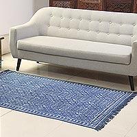 Cotton area rug, 'Azure Flair' (4x6)
