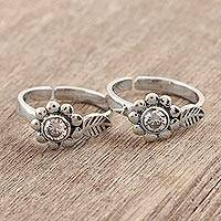 Sterling silver toe rings, 'Delightful Blooms' - Flower-Shaped Sterling Silver Toe Rings from India