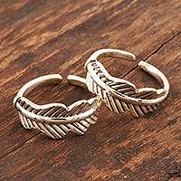 Sterling silver toe rings, 'Laureate' (pair) - Hand Made Sterling Silver Leaf-Themed Toe Rings (Pair)