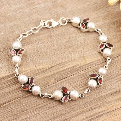 Garnet and cultured pearl link bracelet, 'Radiant in Red' - Garnet and Cultured Pearl Link Bracelet