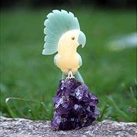 Calcite and quartz statuette, 'Brazilian Cockatoo' - Calcite and quartz statuette