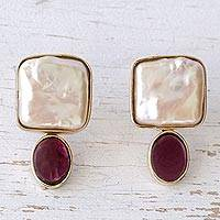 Gold and pearl earrings,