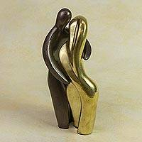Bronze sculptures, 'The Kiss' (pair) - Handcrafted Romantic Bronze Sculpture (Pair)