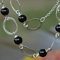 Sterling silver link necklace, 'Elos' - Black Agate and Sterling Silver Artisan Crafted Necklace