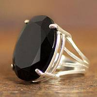 Onyx cocktail ring, 'Oval Facets'