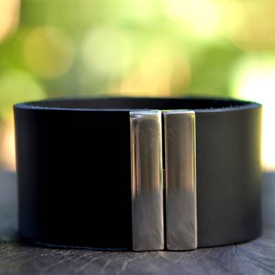 Men's leather wristband bracelet, 'Midnight Samba' - Men's Leather Wrap Bracelet with Magnetic Clasp from Brazil