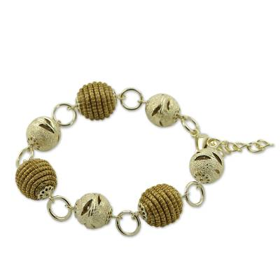 Handcrafted Golden Grass and Gold Plate Link Bracelet