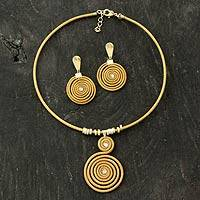 Gold plated golden grass jewelry set, 'Jalapão Evolution' - Handcrafted Golden Grass jewellery Set with Gold Plated Acce