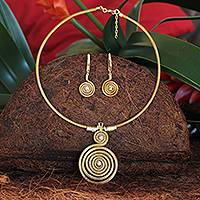 Golden grass and gold plate jewelry set, 'Jalapão Evolution II' - Handcrafted Golden Grass Necklace and Earrings Jewelry Set