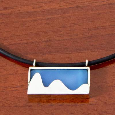 Leather and agate pendant necklace, Pão de Açucar in Blue