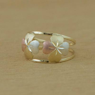 Gold cocktail ring, Good Luck Leaves