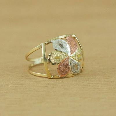 Gold cocktail ring, 'Luxurious Flower' - Handcrafted Floral 10k Gold Cocktail Ring from Brazil