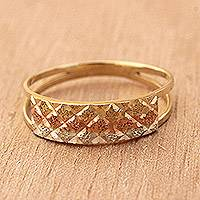 Gold band ring, 'Tricolor Constellation' - Tricolor Diamond Motif Gold Band Ring from Brazil