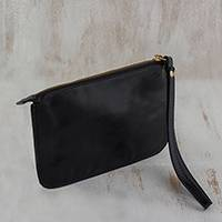 Leather wristlet, 'Trendy Fashion in Black' - Handmade Black Leather Wristlet from Brazil