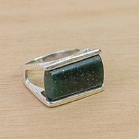 Quartz cocktail ring, 'Verdant Green' - Green Quartz Cocktail Ring Crafted in Brazil