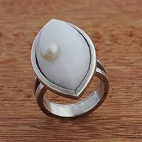 Agate and cultured pearl cocktail ring, 'White Eye' - White Agate and Cultured Pearl Cocktail Ring from Brazil