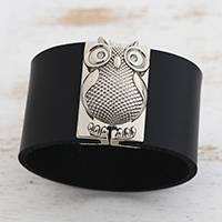 Leather wristband bracelet, 'Owl Gatekeeper in Black' - Leather Owl Wristband Bracelet in Black from Brazil