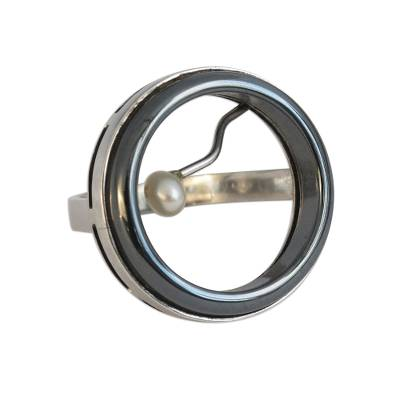 Circular Cultured Pearl and Hematite Cocktail Ring