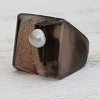 Agate cocktail ring, 'Rugged Bounty' - Brown-Grey Agate with Cultured Pearl Accent Cocktail Ring