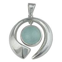 Aquamarine pendant, 'Sea Wave'