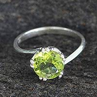 Peridot solitaire ring, 'Delhi Crown' - Sterling Silver and Peridot Ring Hand Made Modern Jewelry