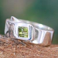 Peridot solitaire ring, 'Buckle Up' - Peridot solitaire ring