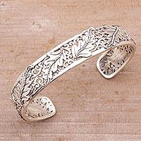 Sterling silver cuff bracelet, 'Majestic Leaves'