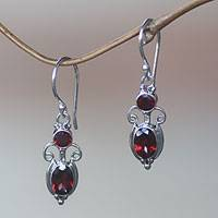 Garnet dangle earrings, 'Crown Princess'