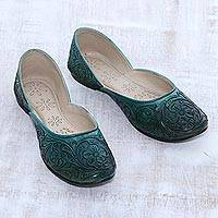 Leather jutti shoes, 'Taj Mahal Arbor' - Floral Leather Jutti Shoes in Viridian from India
