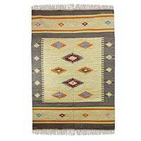 Wool dhurrie rug, 'Festive Stars' (4x6) - Wool dhurrie rug (4x6)