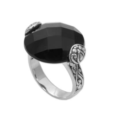 Onyx cocktail ring, 'Mysterious Circle' - Circular Onyx and Sterling Silver Cocktail Ring from Bali