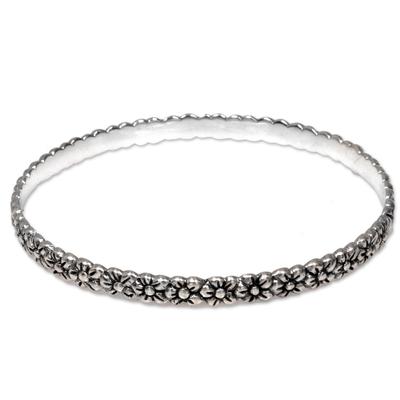Sterling silver bangle bracelet, 'Silver Garland' - Artisan Handcrafted Floral Sterling Silver Bangle Bracelet