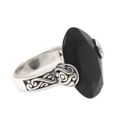 Onyx cocktail ring, 'Mysterious Oval' - Oval Onyx and Sterling Silver Cocktail Ring from Bali