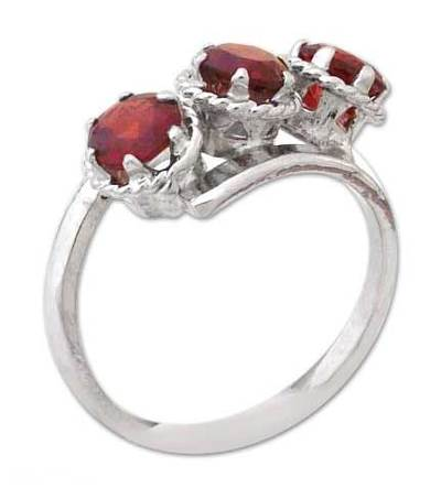 Garnet 3 stone ring