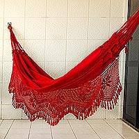 Cotton hammock, 'Recife Red' (double) - Handcrafted Cotton Solid Fabric Hammock (Double)
