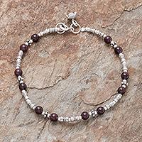 Garnet beaded bracelet, 'Antique Hill Tribe'