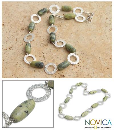 Serpentine link necklace, 'Olive' - Serpentine link necklace